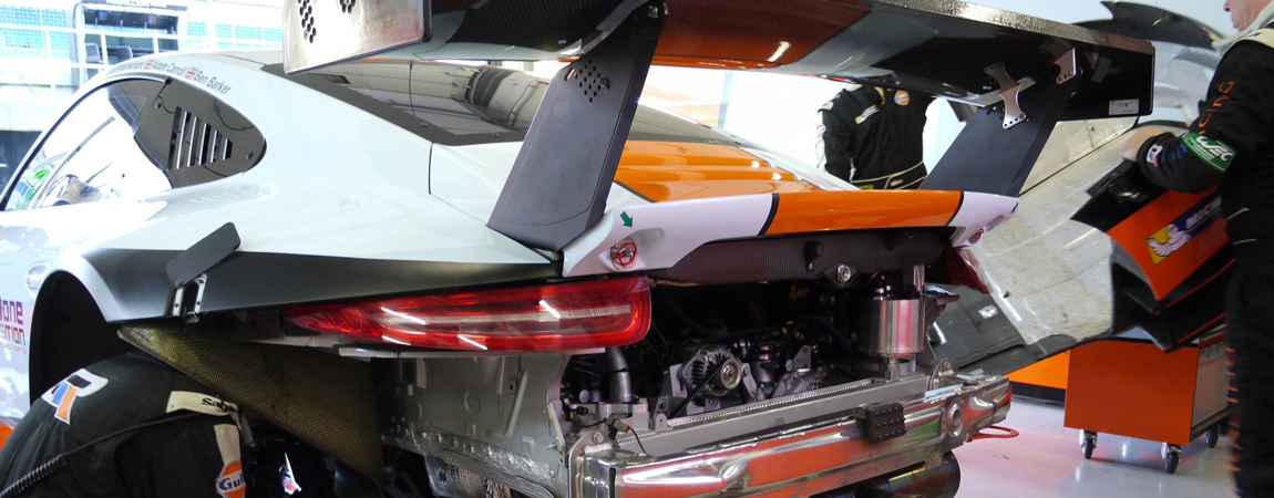 Beginner's Guide - Rear end of the #86 Gulf Racing Porsche 911 RSR in the FIA WEC