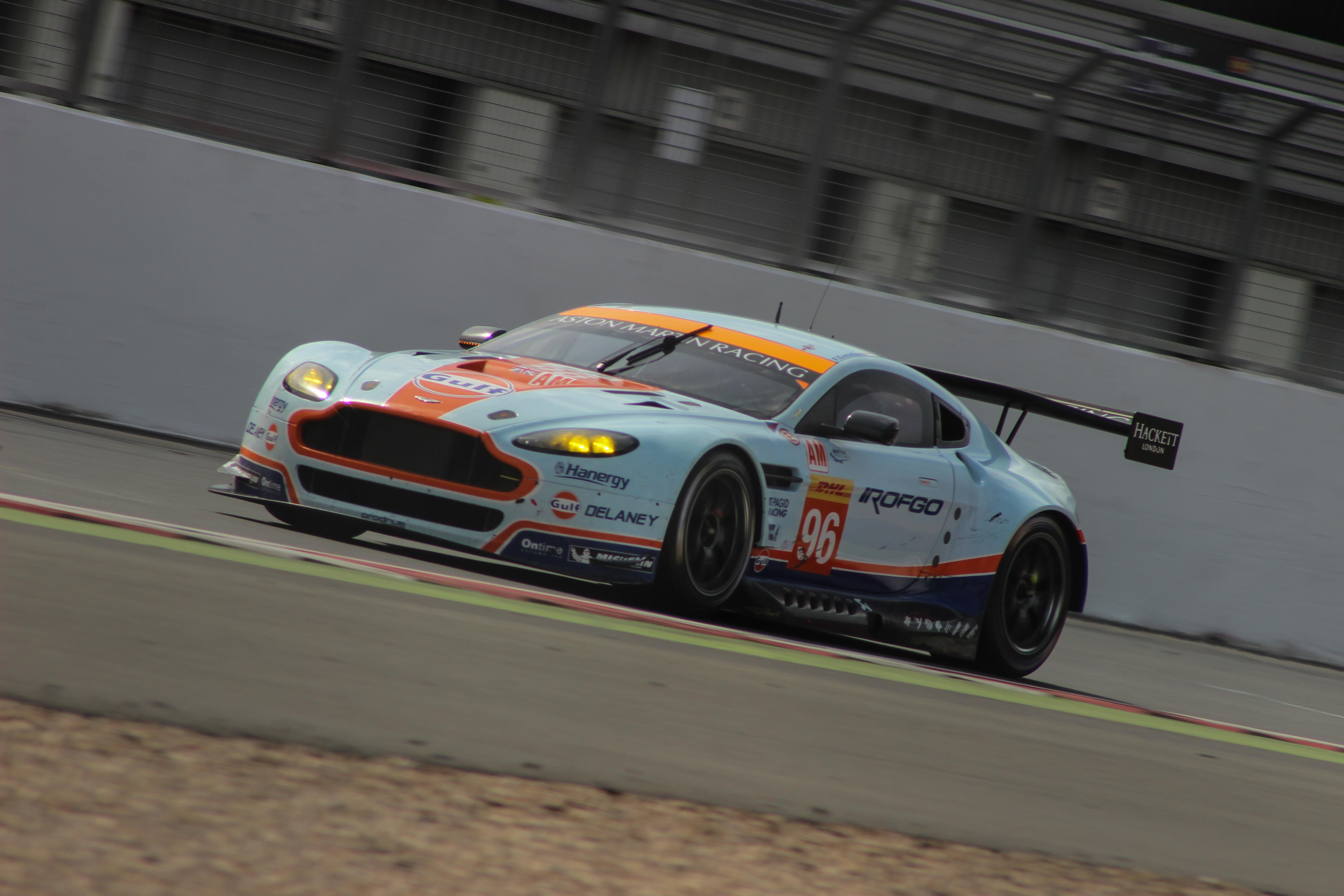 29 Aston Martin #96