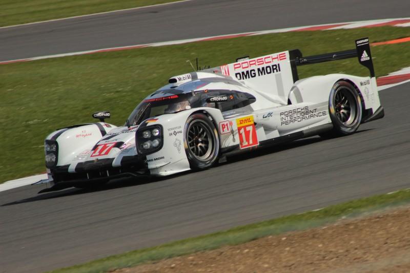24 Porsche #17