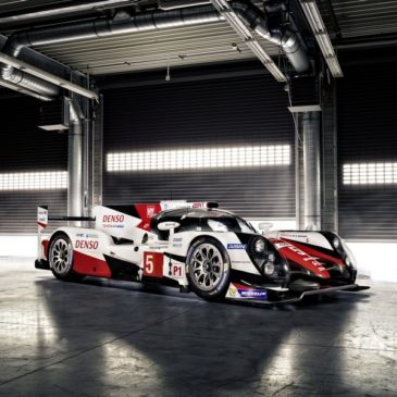 Toyota TS050 Breaks Cover