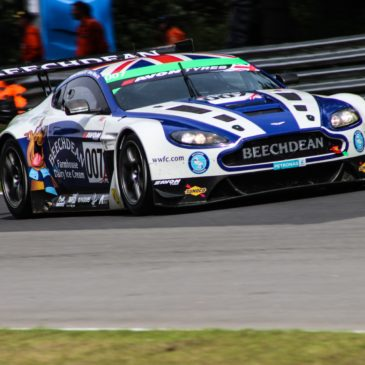Alex MacDowall joins Aston Martin's ELMS campaign