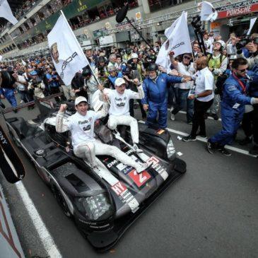 Porsche trio maintain championship lead