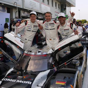 Mark Webber announces retirement from racing