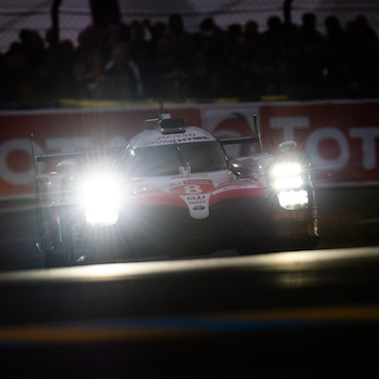 Toyota leads during the night in Le Mans