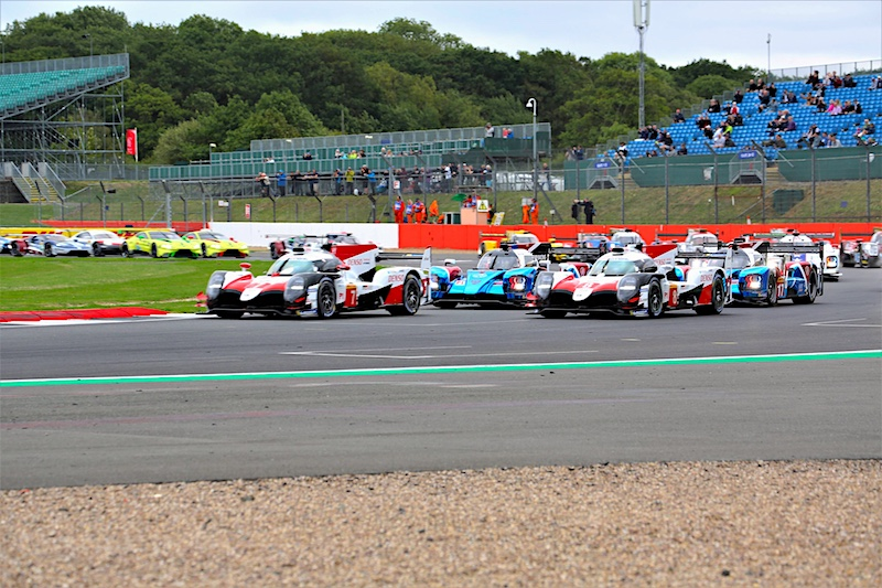 Toyota lead the field away at the 6 Hours of Silverstone