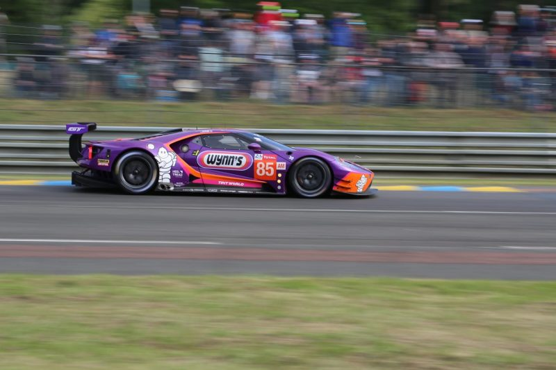 Le Mans 2019: '85 Ford GT leading GTE Am